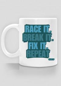 RACE IT. cup
