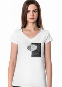 Koszulka damska w serek - Czarno-białe Drzewo