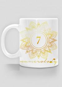 Kubek – wibracja 7 – numerologia