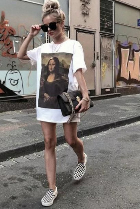 T-shirt długi, taliowany Mona Lisa