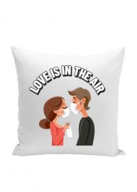 LOVE IS IN THE AIR - poszewka na poduszkę